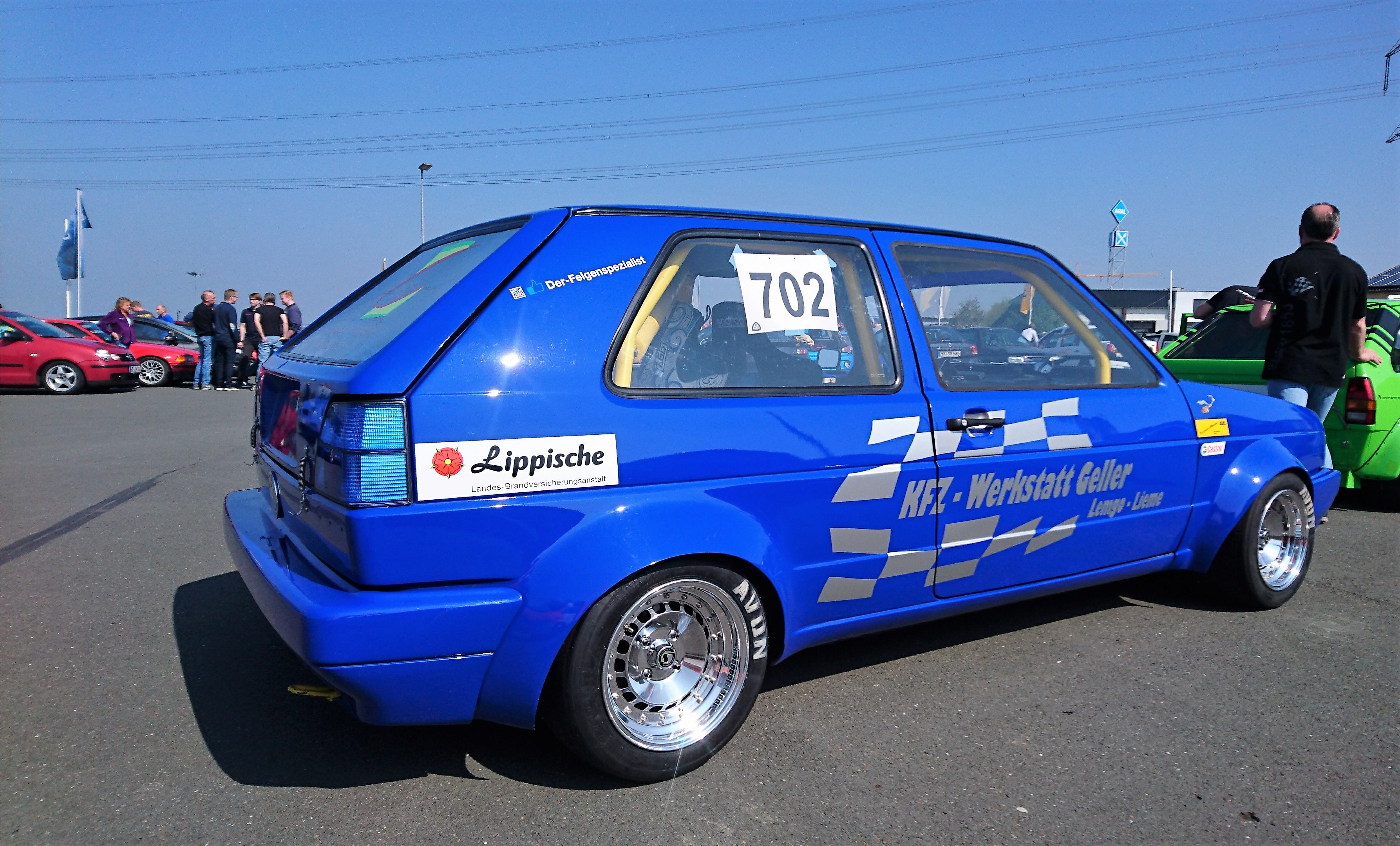 VW Golf 2 Slalom-Racer mit dreiteiligen Schmidt TH-Line in 9x13. Made by Der-Felgenspezialist.